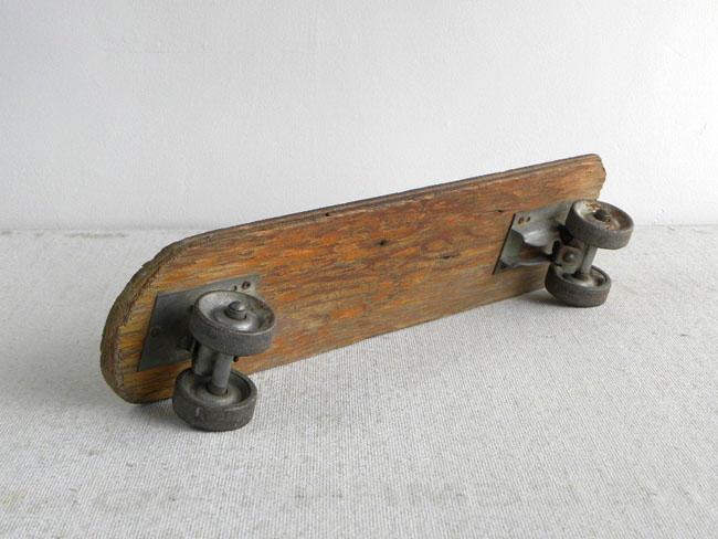 Altes selbstgebautes Sk8board aus den 60er Jahren