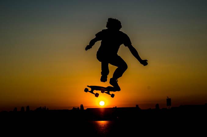 Longboarder Traum im Sonnenuntergang